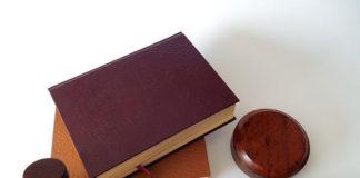 Jakie książki prawnicze powinien przeczytać każdy z nas?