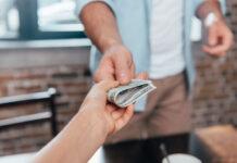 Jak nie przepłacić na pożyczce gotówkowej